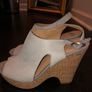 Gray wedges